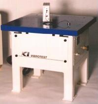 Vibration testing table